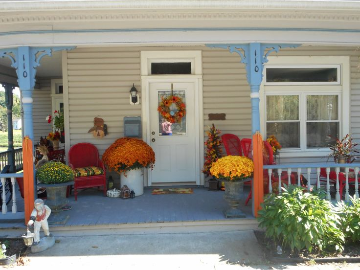 43 best images about the front porch on pinterest fall Beautiful fall front porches