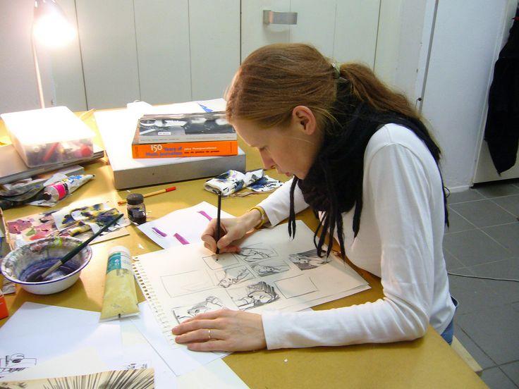 Tina Berning working in her studio - Artbox