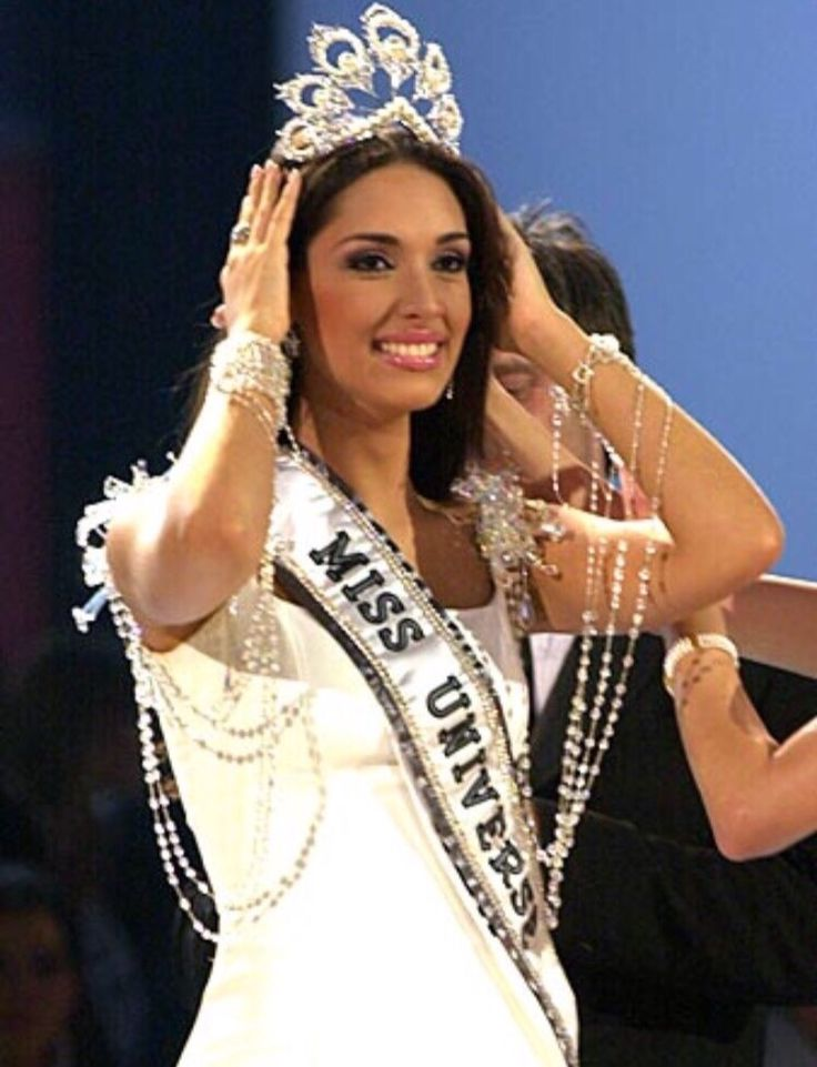Miss Universe 2003 Dominican Republic, Amelia Vega