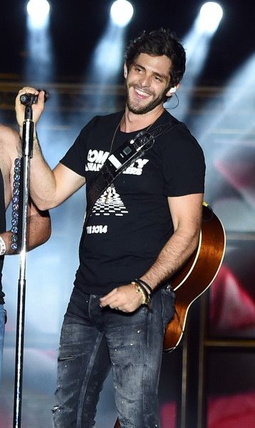 Thomas Rhett Photos - Kicker Country Stampede Manhattan, Kansas - Day 1 - Zimbio