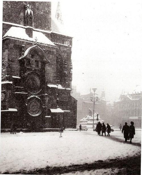 Staroměstské náměstí (1949) - Foto: František Schnöbling