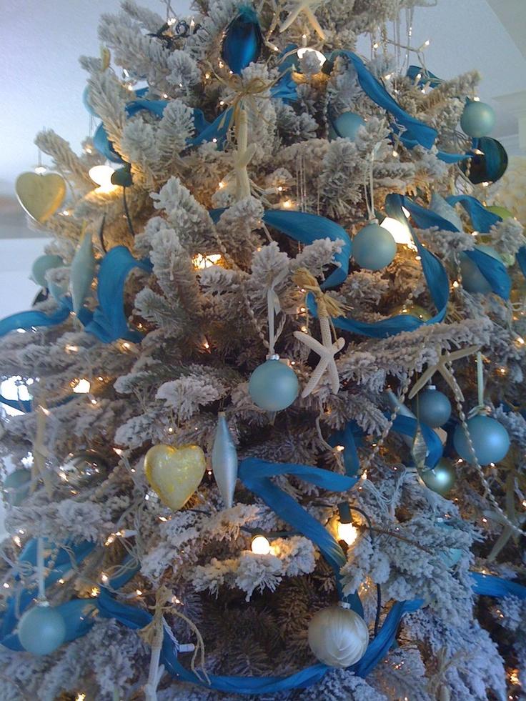 South Florida style christmas - entry - other metro - suzanne pignato