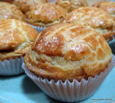 Brazilian Chicken Pie (empadinha de frango) from A Taste of Brazil