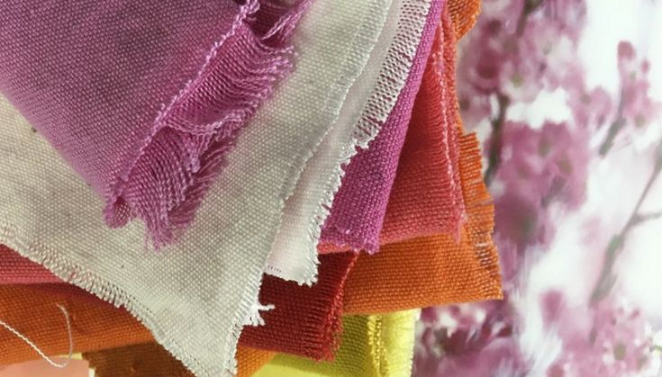 linnen-gordijnen-bekleding-stoffen-kleurrijk-desigersguild-kleur-op-kleur-interieur-780x445-4017-3