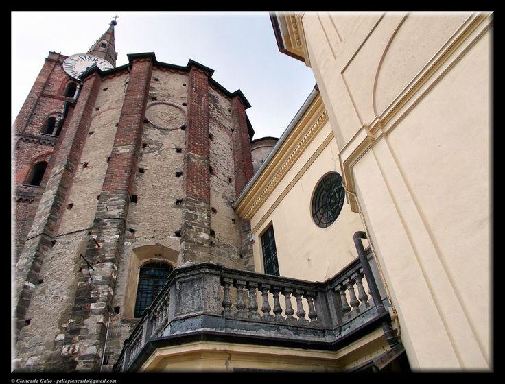 Balcony by Giancarlo Gallo