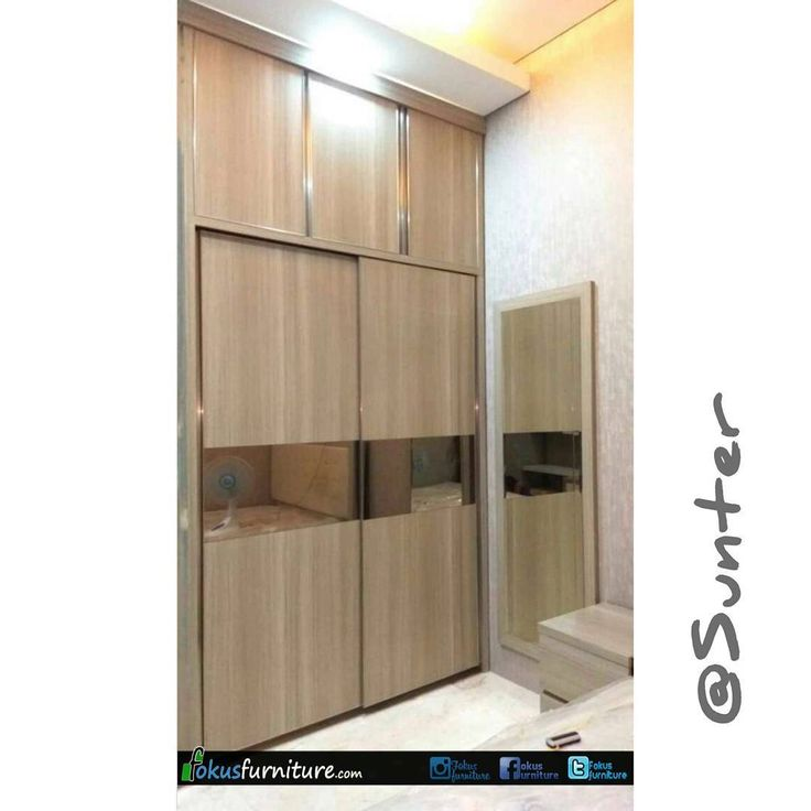 """59 Suka, 1 Komentar - Furniture custom minimalis (@fokusfurniture) di Instagram: """"Lemari pakaian pintu sliding full plafon  di Sunter.  #sunter #danausunter #Lemari #lemariminimalis…"""""""