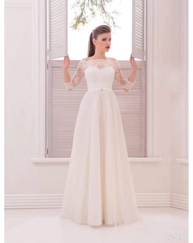 Dlhé luxusné spoločenské šaty s tylovou sukňou a čipkovaným vrškom s 3/4 rukávom