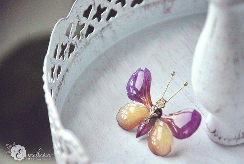 Украшения из ювелирной смолыброшь-бабочка из орхидеи от В. Теницкой