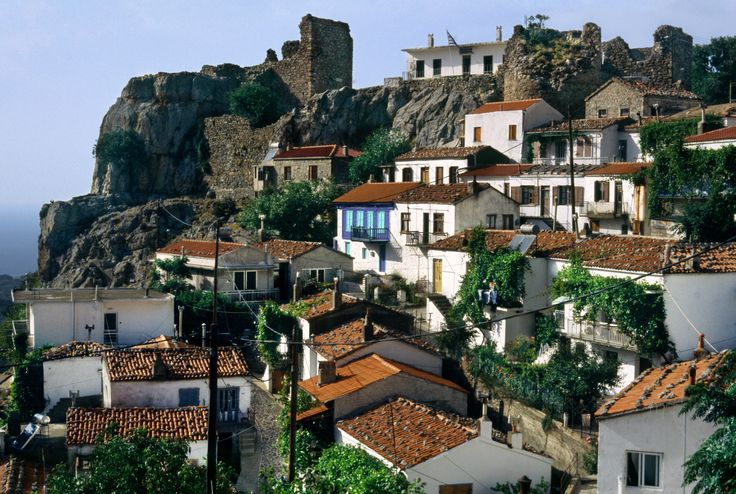 20020800_Chora_Samothrace_island_Thrace_Greece.jpg (4000×2689)