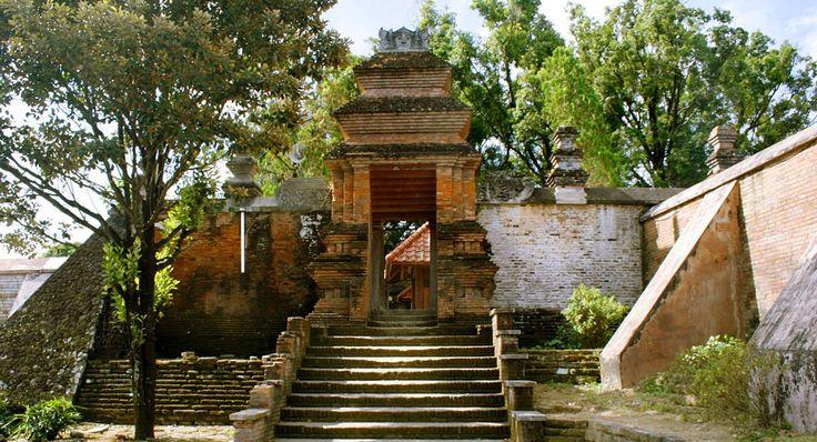 Kotagede Yogyakarta Silversmiths - Yogyakarta Places to Visit