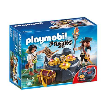 Witajcie:)  Stary pirat ukrył gdzieś swój skarb!  Zestaw Playmobil 6683 dla dzieci od lat 4 - Piracka Kryjówka Skarbów pomoże wam go znaleźć.  Uważajcie, po drodze  mogę pojawić się piraci, którzy będą przeszkadzać.  Sprawdźcie sami:)  http://www.niczchin.pl/playmobil-piraci/3067-playmobil-6683-piracka-kryjowka-skarbow.html  #playmobil #piraci #kryjowka #zabawki #niczchin #krakow