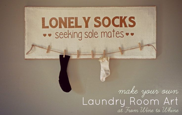 Make your own Laundry Room decor! Vinyl lettering is put on a painting canvas frame for easy laundry room wall art.