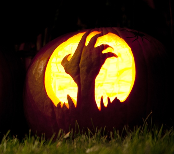 Best jack o lantern images on pinterest scary pumpkin