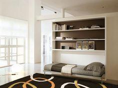 Letto supplementare o letto singolo per la camera degli ospiti,a scomparsa,si apre quando necessario.