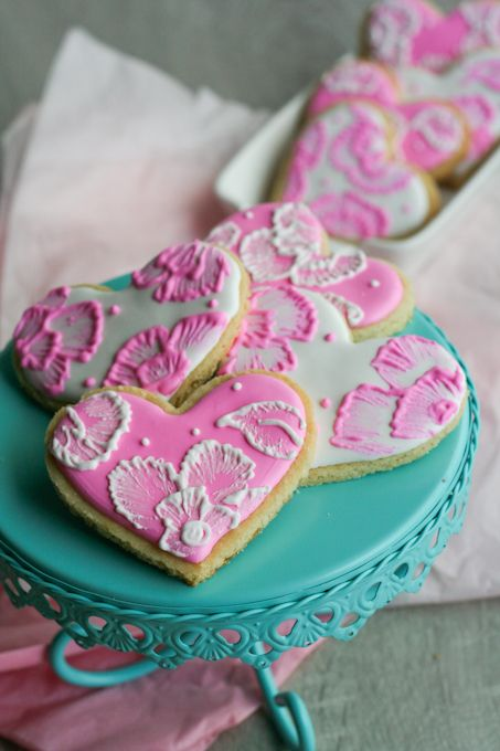 Exquisite. Beautiful. Make yourself some Thermomix cookies. Then stop. Take a deep breath and read this tutorial on Brush Embroidery Sugar Cookies from Clockwork Lemon. Then go nuts!