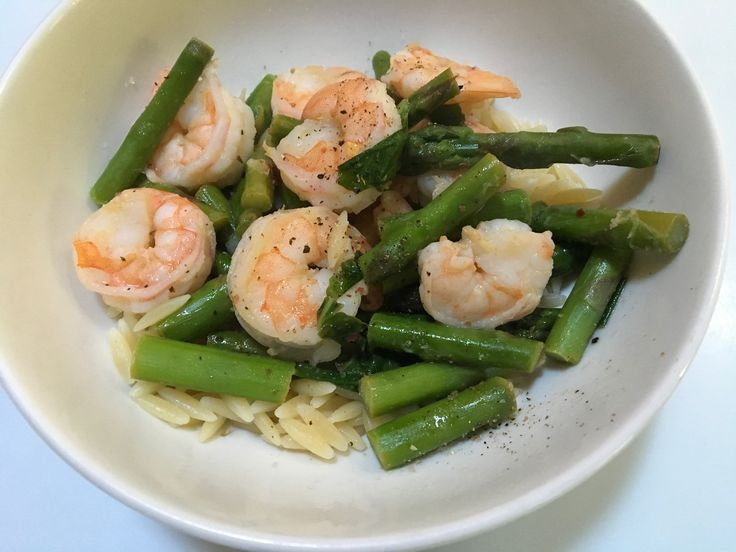 Feasting at home recipe of shrimp and asparagus with lemon