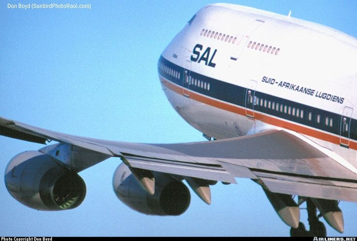 """South African Airlines Boeing 747-400 (registered ZS-SAV; named """"Durban"""") climbing out from Miami International Airport in 1995"""