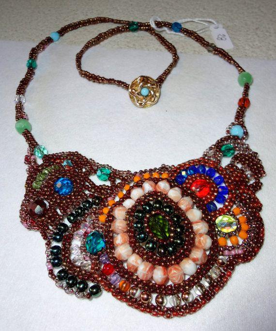 Collana creata da mia sorella, in tecnica peyote free form. E' bellissima!