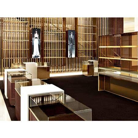 Frida Giannini chez Gucci en 12 temps forts   HEATHER CHIC SPACES    Pinterest   Boutique, Magasin et Architecture 2c7f03cf941