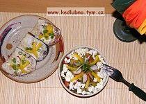 Cuketový salát s balkánem