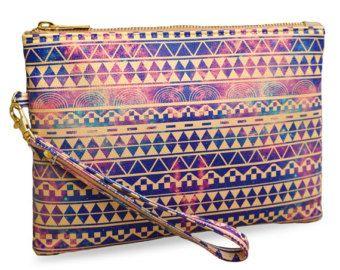 """Cuero bolso de embrague en Azteca loco utilizando la crueldad hacia los animales libres veganas cuero """"Sustitución"""" edición limitada púrpura impreso bolsa de embrague"""