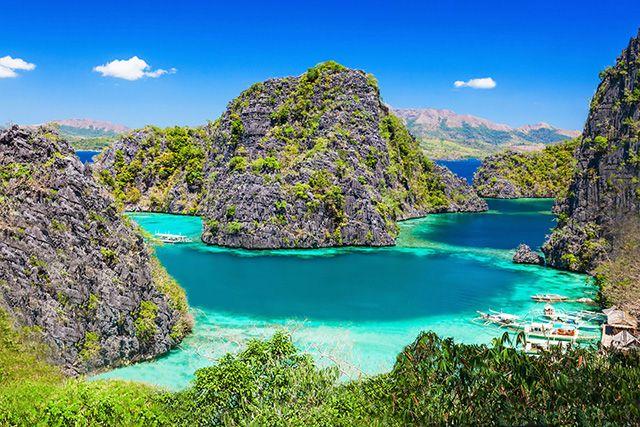 Blue Lagoon, Philippines. http://www.lonelyplanet.fr/article/conseils-pour-un-premier-voyage-aux-philippines #Bluelagoon #Philippines #voyage