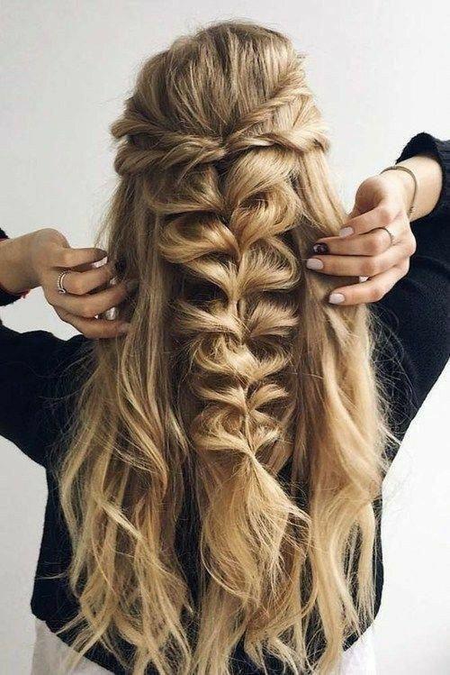 45 Perfect Half Up Half Down Wedding Hairstyles Goruntuler Ile