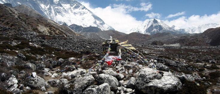 Los Everest High Passes via Island Peak – 25 Days