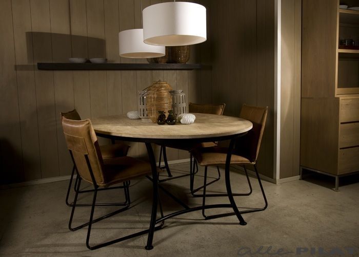 Meer dan 1000 idee n over ovalen tafel op pinterest ovale eettafels eettafels en traptreden - Kitchenette met stoelen ...