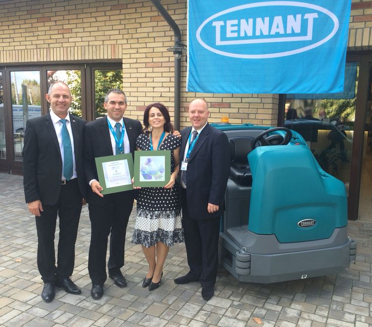 T17 winner of award at Hungarian Cleaning Association event.
