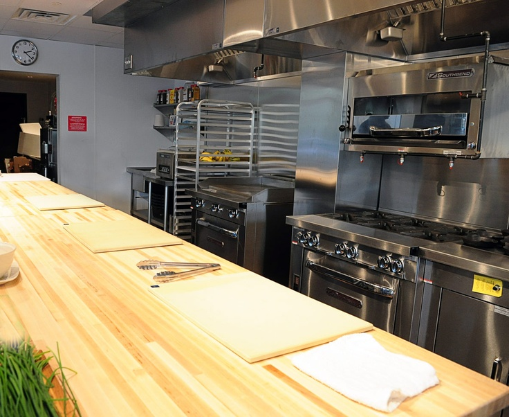 Everything in his place. Worktable and space. Restaurant kitchen