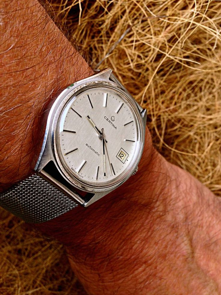 Superb Vintage Certina Automatic in Stainless Steel On Mesh Bracelet
