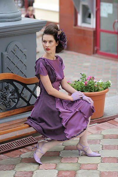Платье из двух видов шёлка (натуральный шёлк и шёлк-атлас)