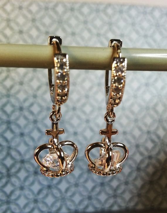 Sweet and classy Diamante Crown Dangle Earrings