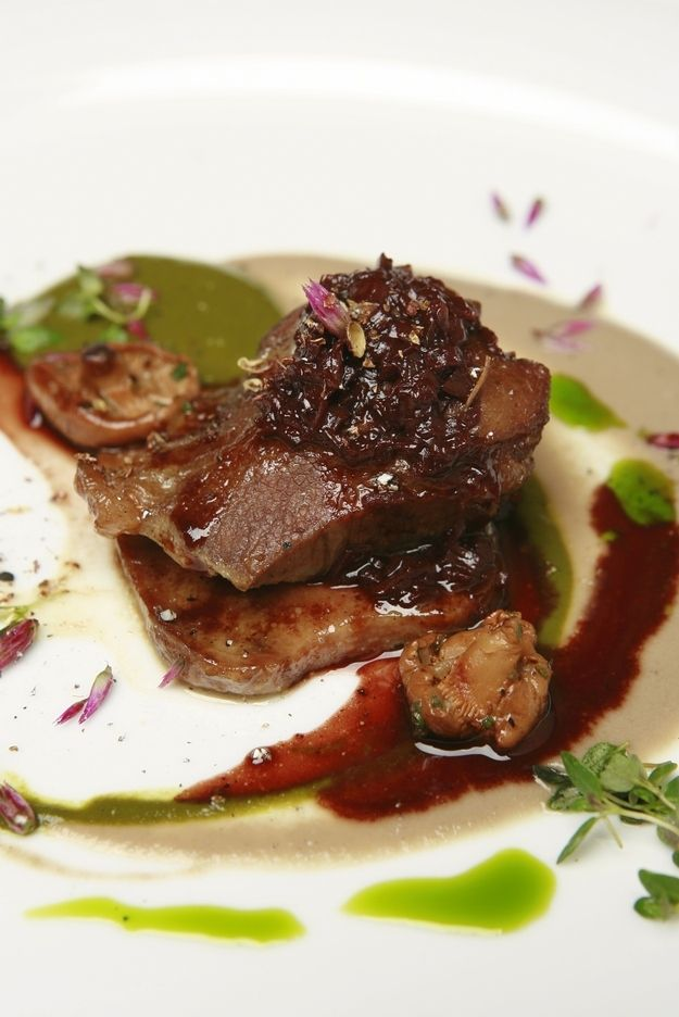 Braised Veal Cheek and Tongue | 17 Stunning Photos Of Chef Charlie Trotter's Food