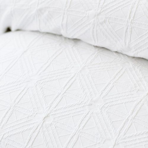 Villa Quilt Cover White