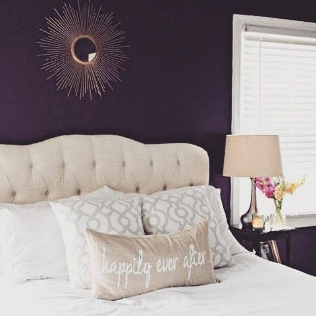 What's the best part about a long day? Coming home and remembering how cozy bed is. We love how @lauriescardina styled her room with lots of #fabfound items from Marshalls!