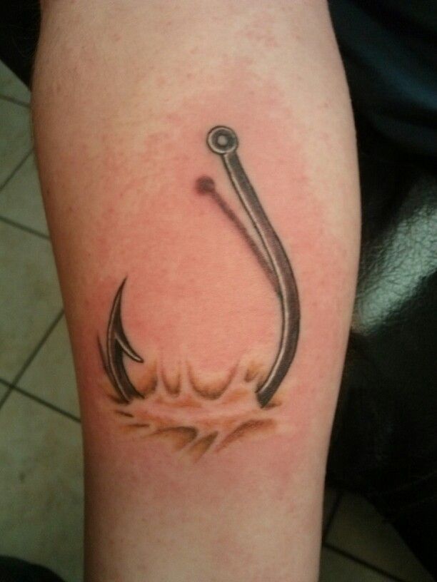 Best 25+ Fish hook tattoos ideas on Pinterest | Hook ... - photo#14