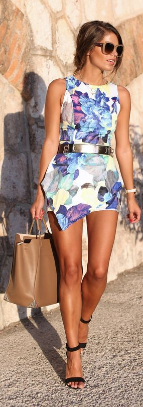 6ks White Multi Garden Blooms Sleeveless Pointed Hem Playsuit by Seams For a Desire