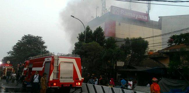 Ramayana Pasar Minggu Kebakaran