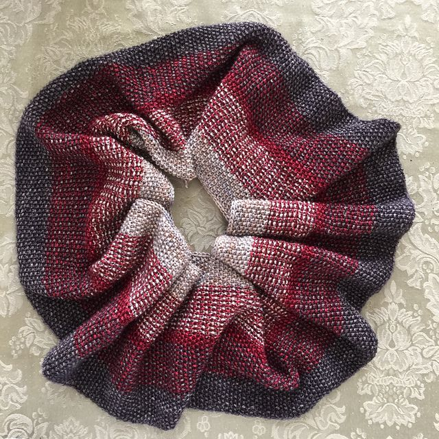 575 best Knitting: Cowls & Infinity Scarves images on Pinterest ...