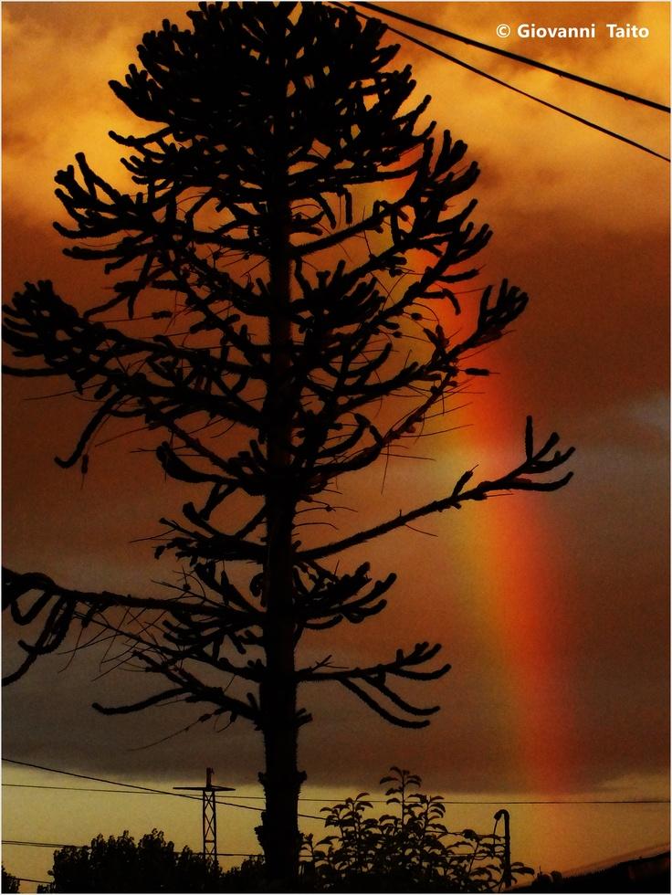 Atardecer junto con un Arcoiris en Temuco, Chile.