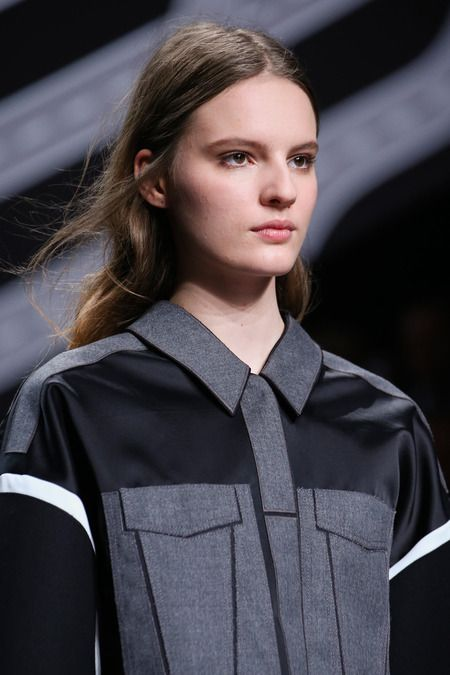 Shirt with faux pocket panels; fashion details // Viktor & Rolf