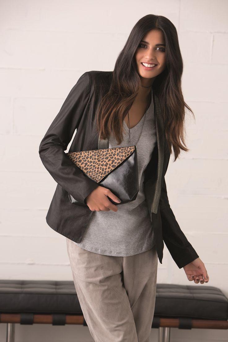 Pipi  http://zierashoes.com/page/handbags