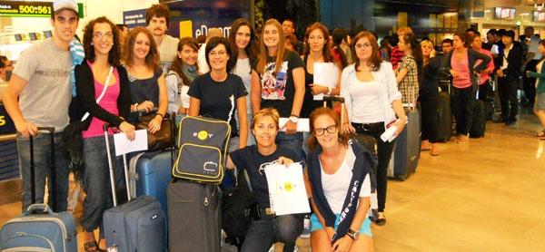 Grupo de Becas Mec EMY 2011 Toronto en el aeropuerto de Madrid