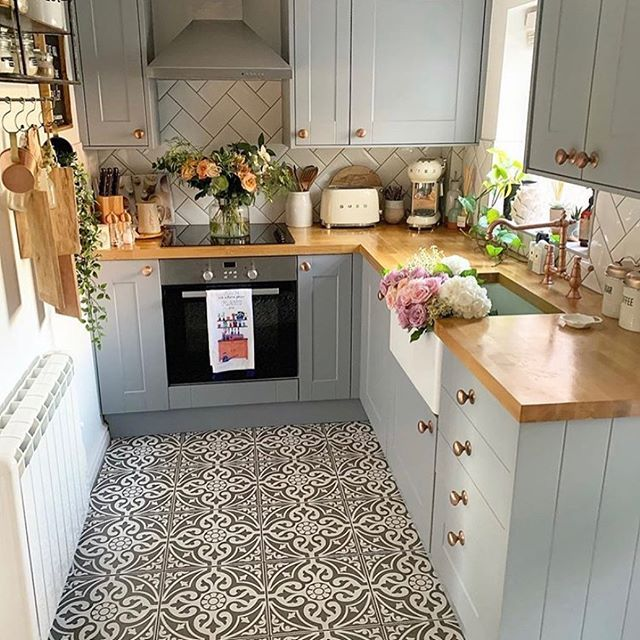 25 Small Kitchen Design Ideas 2020 Very Small Kitchen Ideas Kitchen Design Small Very Small Kitchen Design Budget Home Decorating