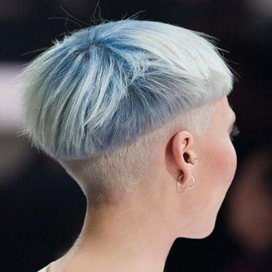 capelli-corti-rasati-azzurro-pastello.jpg (544×544)