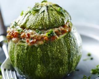 Courgettes farcies légères à la viande hachée, tomate et parmesan : Savoureuse et équilibrée | Fourchette & Bikini