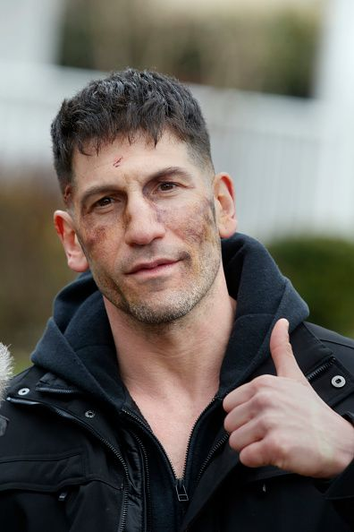 bars-n-belles:    morning-sunshinx:     Jon Bernthal filming Marvels The Punisher on March 31 2017 in New York City.    Im so excited for this