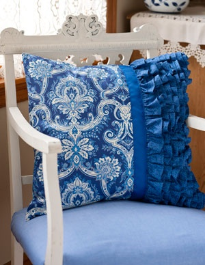 love this pillow with ruffle & grosgrain ribbon